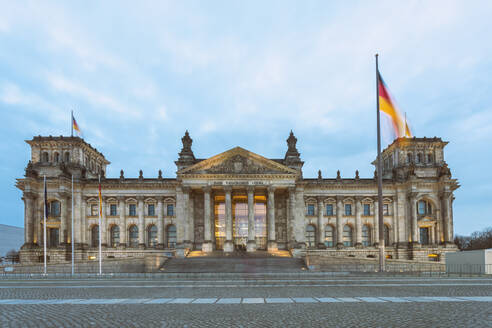 Reichstag building at dusk, Berlin, Germany - TAMF02061