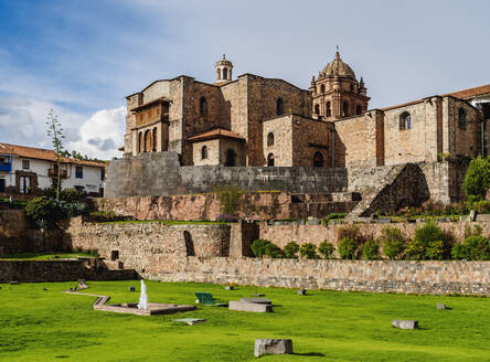 Qoricancha (Temple of the Sun) ruins and Santo Domingo Convent, UNESCO World Heritage Site, Cusco, Peru, South America - RHPLF02496
