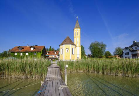Kirche St. Alban in Sankt Alban am Ammersee, bei Die�en am Ammersee, F�nfseenland, Pfaffenwinkel, Oberbayern, Bayern, Deutschland - SIEF08900