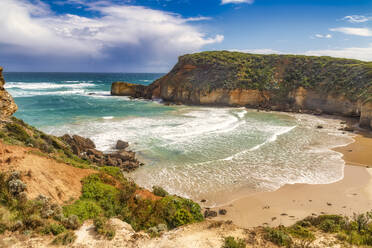 Scenic view of sea at Twelve Apostles Marine National Park, Victoria, Australia - SMAF01306