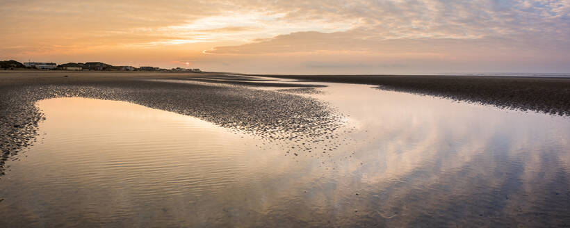 Camber Sands Beach at sunrise, East Sussex, England, United Kingdom, Europe - RHPLF04032
