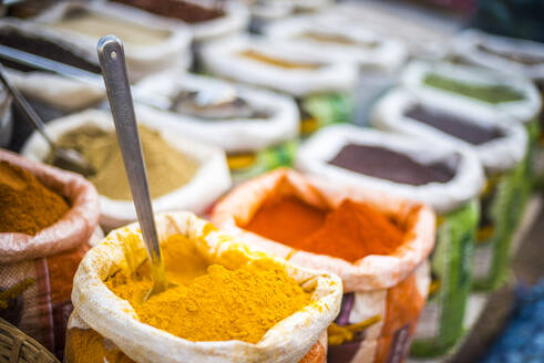 Spices for sale in Mapusa Spice Market, Goa, India, Asia - RHPLF05136