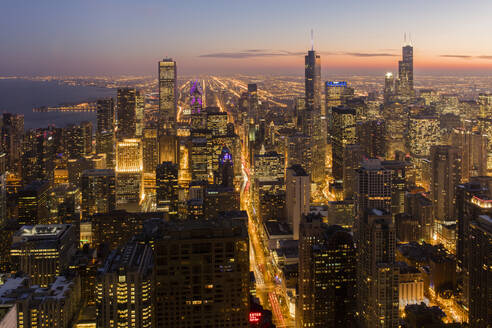 Chicago at sunset from 875 North Michigan Avenue (John Hancock Tower), looking towards Willis (Sears) and Trump Tower, Chicago, Illinois, United States of America, North America - RHPLF05568