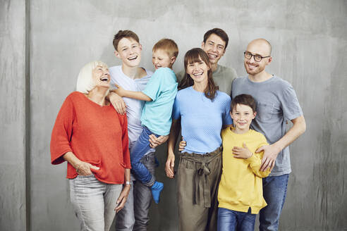 Couple with their four sond and their grandmother - MCF00223