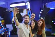 Serbia, Novi Sad, Arcade, Friends, Selfie - ZEDF02591