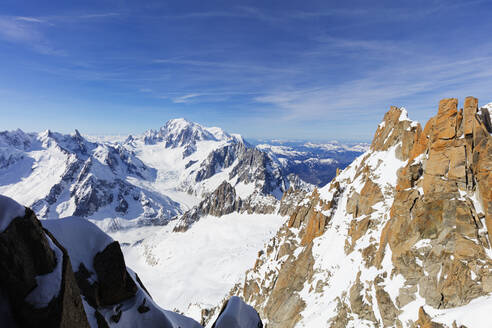 Mont Blanc 4810m, Chamonix, Rhone Alpes, Haute Savoie, French Alps, France, Europe - RHPLF07732