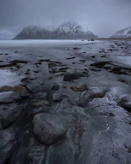 Uttakleiv beach, Lofoten, Nordland, Arctic, Norway, Europe - RHPLF08557