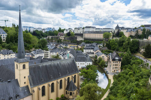 High angle view of residential buildings at old town in Luxembourg against sky - RUNF03048