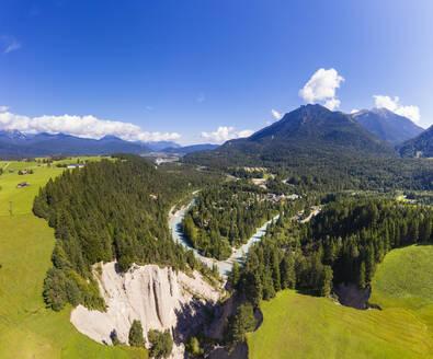 Geotop Erosionsrinne und Isar, Isarhorn bei Mittenwald, Werdenfelser Land, Luftbild, Oberbayern, Bayern, Deutschland - SIEF09029