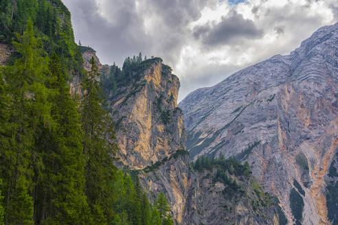 Lake Braies and Croda del Becco in summer, Trentino-Alto Adige, Italy, Europe - RHPLF10864