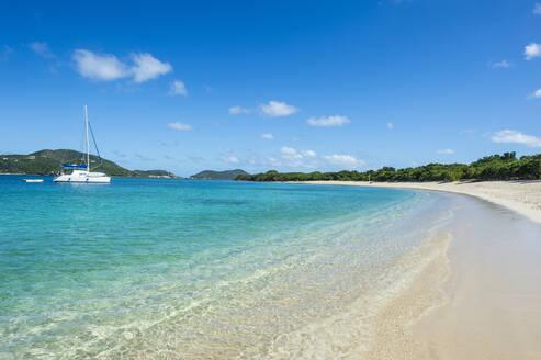 Tranquil view of Long bay beach against blue sky, Beef island, British Virgin Islands - RUNF03145