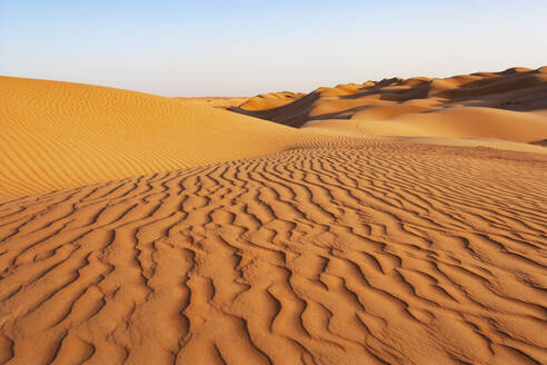 Sultanate Of Oman, Wahiba Sands, dunes in the desert - WWF05272