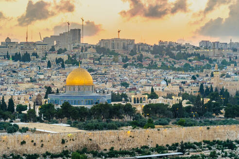 Jerusalem skyline Dome of the Rock and buildings in Old City at sunset - CAVF64510