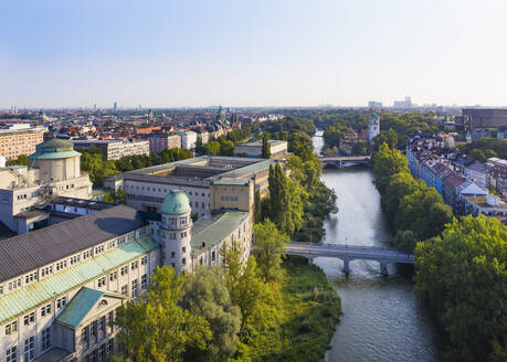 Germany, Bavaria, Upper Bavaria, Munich cityscape with Deutsches Museum, Mullersches Volksbad, Ludwig bridge on Isar river - SIEF09116