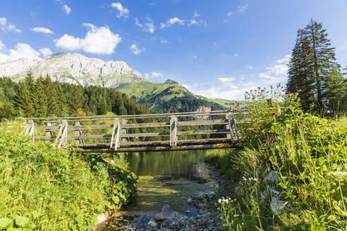 Bergsee am Plöckenpass, Plöckenpass Straße, Kärnten, Österreich - AIF00689