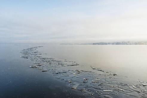 Cracked ice on sea - JOHF03028