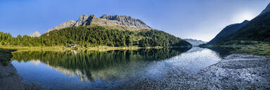 Austria, East Tyrol, Panorama of lake and mountains of DefereggenValley - STSF02275