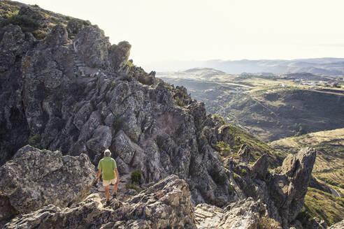 Spain, Canary Islands, La Gomera, Male hiker ascending Table Mountain - MAMF00872