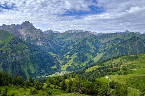 Austria, Vorarlberg, Mittelberg, Green scenic valley seen from top of Walmendinger Horn mountain - LBF02757