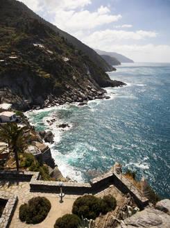 Manarola at the Mediterranean Sea, Liguria, Cinque Terre, Italy - GIOF07382