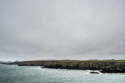 View along the coastline of Pembrokeshire National Park, Wales, UK. - MINF12907