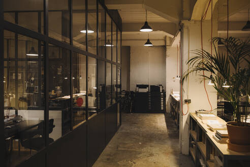 Interior of a loft office - GUSF02759