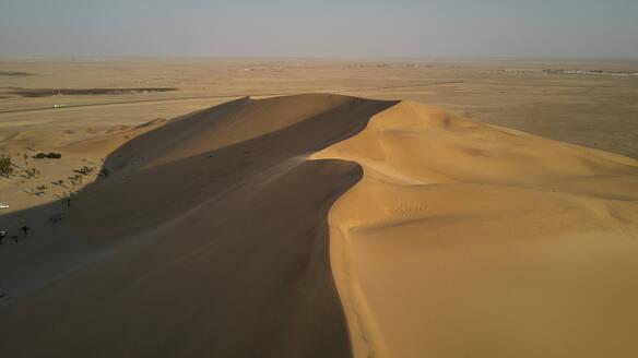 Dune landscape, Namib Desert, Namibia - VEGF00915