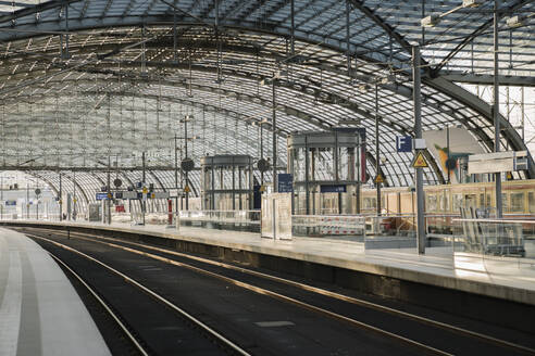 Construction site on platform at central station, Berlin, Germany - AHSF01584