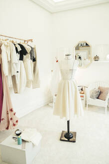 Atelier of fashion designer - MTBF00260