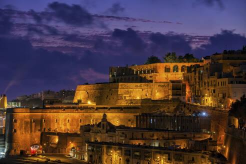 Malta, Valletta, Fortified old town at night - ABOF00511