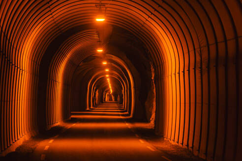 Illuminated tunnel - JOHF05815