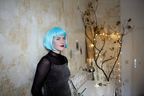 Young woman wearing blue wig - FLLF00392