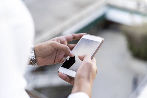 Close-up of woman using smartphone - AFVF05355