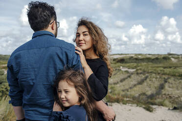 Portrait of woman with husband and little daughter in the dunes, The Hague, Netherlands - OGF00177