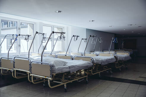 Storage of beds in hospital - MFF05363