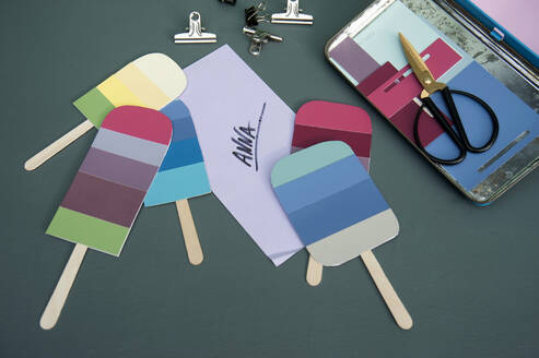 DIY popsicle shaped birthday cards - GISF00580