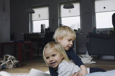 Siblings playing together at home - JOSEF00338