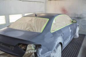 Car in auto body shop - SNF00015