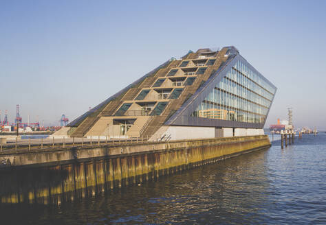 Germany, Hamburg, Dockland office building - IHF00363