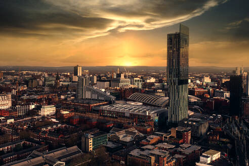 Aerial view of buildings at sunset in Castlefield, Manchester, UK - AAEF09188