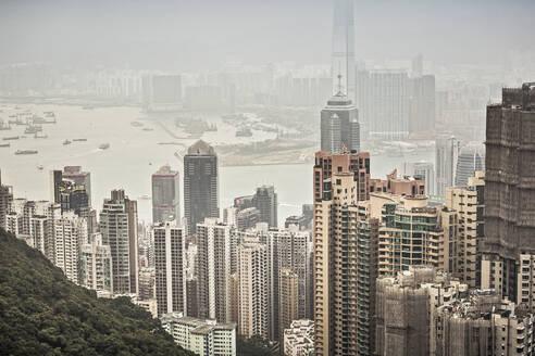 Skyline of Hong Kong from Victoria Peak, Hong Kong, China - DHEF00201
