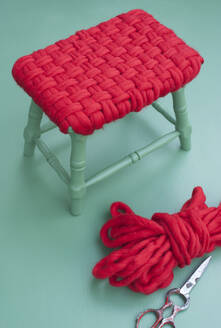 DIY wool cover for small simple stool - GISF00677