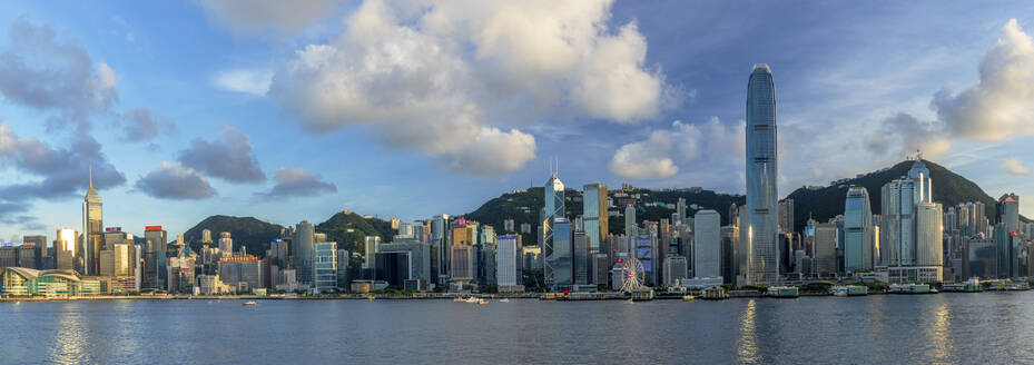 Skyline of Hong Kong Island, Hong Kong, China, Asia - RHPLF18231