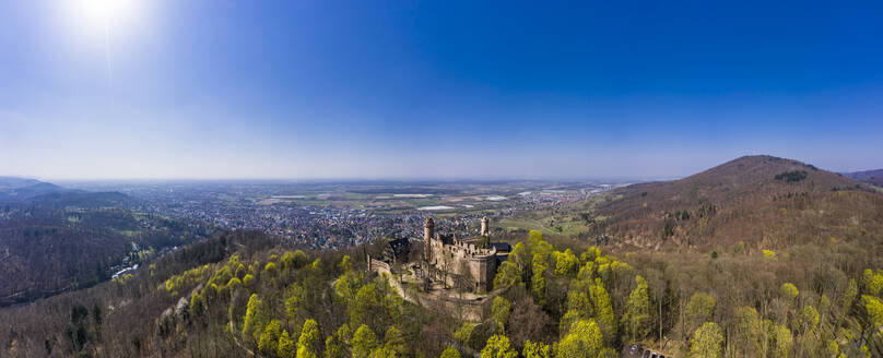 Germany, Hesse, Bensheim, Helicopter view ofAuerbachCastle in spring with town in background - AMF08809