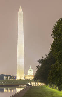 USA, Washington DC, Lincoln Memorial Reflecting Pool and Washington Monument at dusk - AHF00234