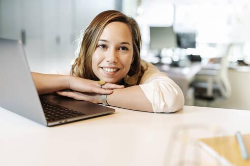 Barcelona, Catalonia, Spain. Business woman - JCZF00446