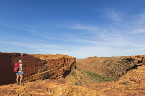 Female hiker admiring landscape of Kings Canyon - FOF12029
