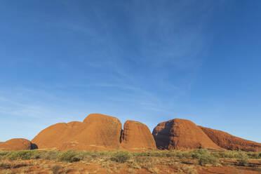 Australien, Ozeanien, Northern Territory, Zentralaustralische Wüste, Uluṟu Kata Tjuṯa Nationalpark, Kata Tjuṯa (die Olgas) - FOF12120