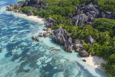 Aerial view of the famous sandy beach Anse Source d´Argent at La Digue Island. Anse Source d´Argent, La Digue, Seychelles, Indian Ocean, Indian Ocean Islands, Africa, Equator. - RUEF03194