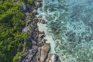 Aerial view of granite rocks near Anse Source d´Argent beach at La Digue Island. Anse Source d´Argent, La Digue, Seychelles, Indian Ocean, Indian Ocean Islands, Africa, Equator. - RUEF03197